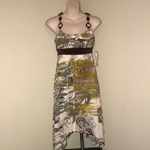 NWT La Belle beautiful pattern mid dress